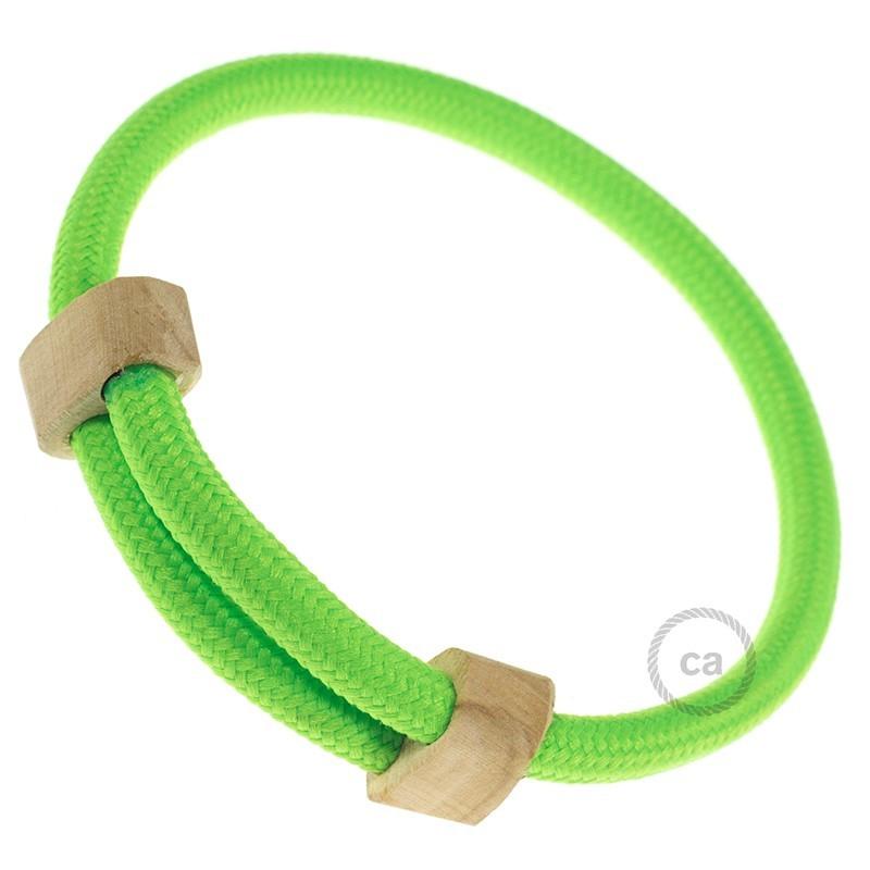 Instaliacijos pagrindas, TM06 žalia viskozė 3 m. Pasirinkite jungiklio ir kištuko spalvą.