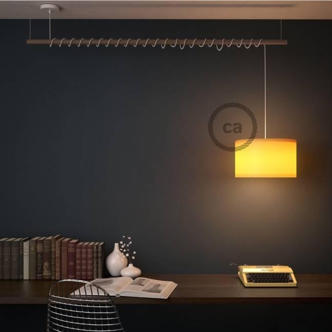 """""""Fermaluce Natural 90°"""", reguliuojamas natūralaus medžio kryptinis šviestuvas sienoms ar luboms, 15,7 cm."""